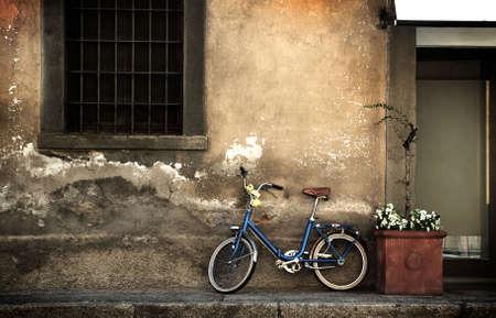 alejce: Włoski starego rowerów
