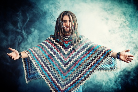 reggae: Portrait d'un jeune homme rastafari. Banque d'images