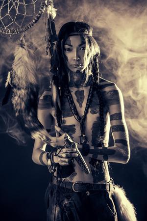 indios americanos: Retrato del Indio Americano. Raza e historia. Proyecto de arte.