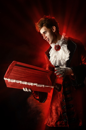 bloodthirsty: Handsome bloodthirsty vampire. Halloween. Dracula costume.
