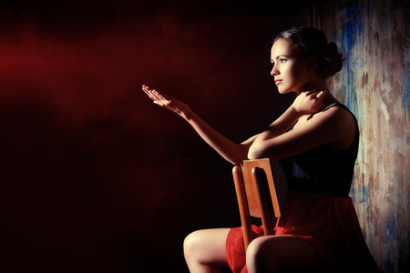 tänzerin: Art Porträt einer schönen Spanierin. Lateinamerikanische Tänze. Lizenzfreie Bilder