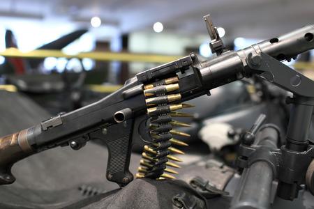machine-gun: Details of the gun with machine-gun belt Stockfoto