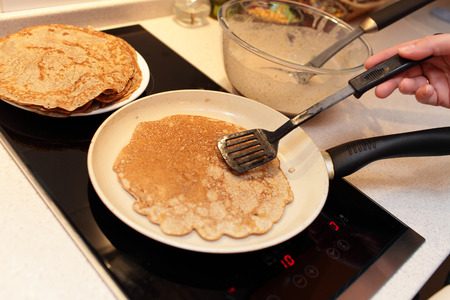 flaxseed: Preparation of flaxseed meal pancake at home