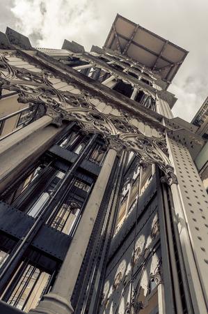 elevador: Santa Justa Lift in Lisbon, Portugal. Elevador de Santa Justa Editorial