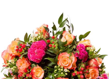 bouquet fleurs: Bouquet de fleurs vue de dessus isolé sur blanc.