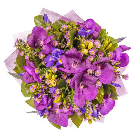 bouquet fleurs: Bouquet de fleurs vue de dessus isol� sur blanc.
