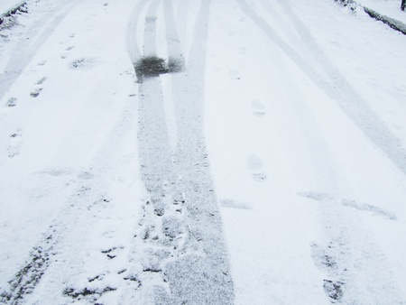 disoriented: tire track in the snow