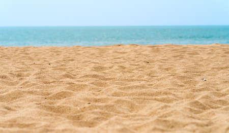 vacaciones en la playa: hermosa playa de arena