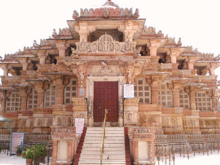 gujarat: front view of shamlaji temple