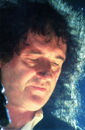 cull: Brian May  Queen guitarist