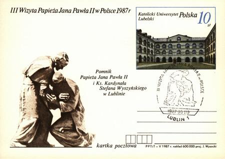 simbolos religiosos: Polonia, circa 1980: Sobres polacos de la vendimia con los s�mbolos religiosos