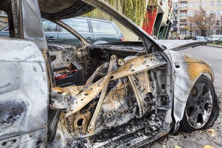 burnt: Completely burnt car