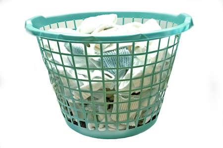 launder: Blanco ropa en canasta de lavander�a
