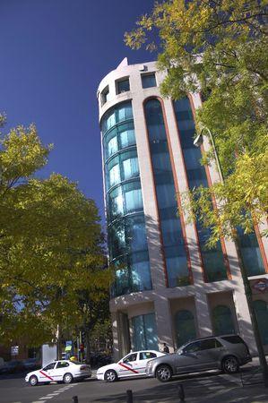 edificio cristal: El edificio de cristal en el centro de madrid