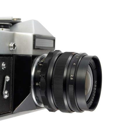 reflex: vecchia macchina fotografica reflex su sfondo bianco