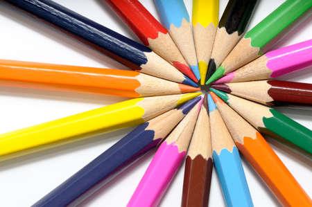 L�pices del color en un fondo blanco Foto de archivo