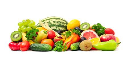 Frutas e vegetais no branco cole