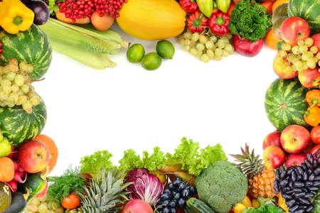 legumes: Cadre de légumes et de fruits sur blanc Banque d'images
