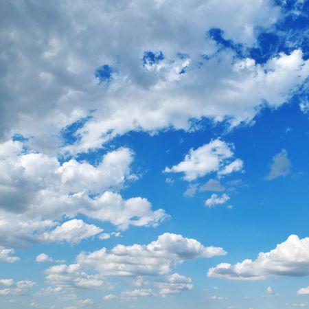 nebulosity: white clouds