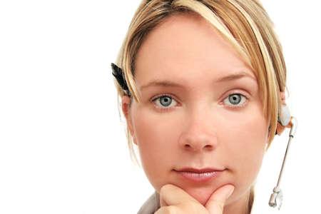 telecoms: Donna con il boccaglio dei telecoms che guarda il visore
