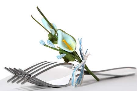 flores peque�as: Tenedores en cuadro que se presenta con peque�as flores  Foto de archivo