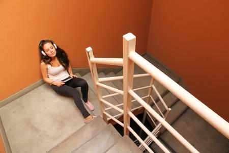 melancholijny: Melancholic Stairway Zdjęcie Seryjne