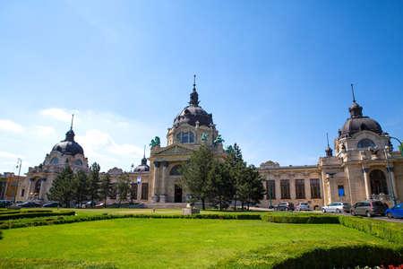 szechenyi: El Szechenyi Furdo en Budapest, Hungr�a.
