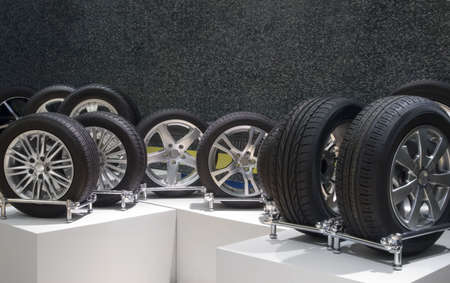aluminum wheels: Ruedas de aluminio deporte