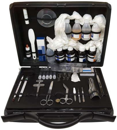 Portable Polizei forensischen Labor in Koffer isoliert Standard-Bild