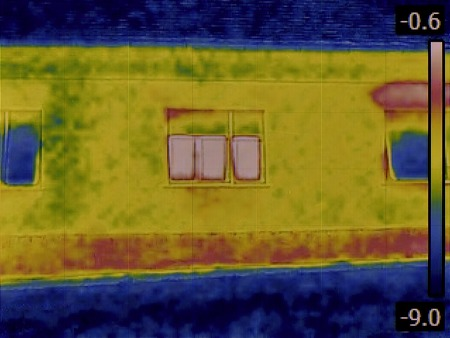 heat radiation: Thermal Image of a Heat Loss thru Window