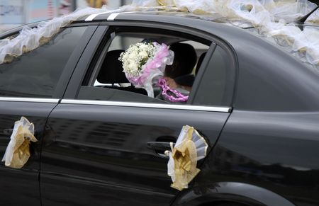 black luxury wedding car photo