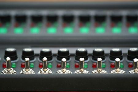 the switch: Interruttori sul pannello di controllo.  Archivio Fotografico