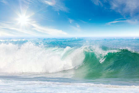 sea wave: Summer vacation on the Sea - seascape with beautiful wave and blue sky with sun