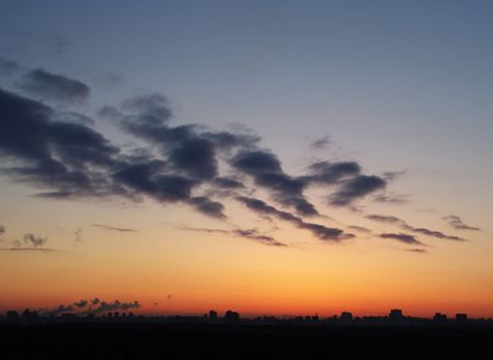 sihlouette: A Moscow dawn panorama