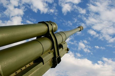 An old artillery cannon over a blue sky Stock Photo - 2332407
