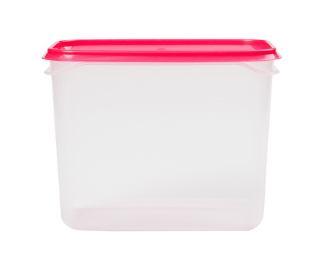 envases plasticos: plastic box isolated on a white background
