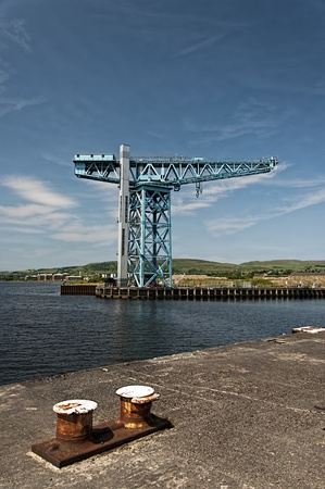 browns: The large Titan crane that sits alone at the now demolished site of John Browns shipyard in Clydebank. The crane was the first of its kind in the world. Stock Photo