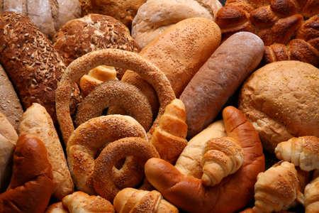 comiendo pan: Muestra de productos de panader�a