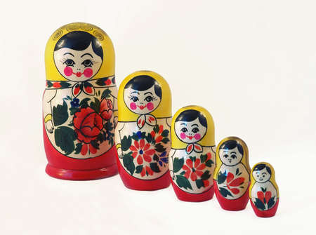 mu�ecas rusas: tama�os determinados del matreshka ruso tradicional de las mu�ecas diversos Foto de archivo