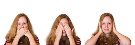 evil girl: Non parlare male, non vedere il male e non sentire il male, ragazza isolata su sfondo bianco
