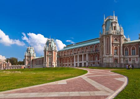 palacio ruso: Tsaritsino palacio - museo ruso en Mosc�