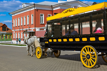 omnibus: Horse-drawn carriages (omnibus) in the Kolomna Kremlin - Russia - Moscow region