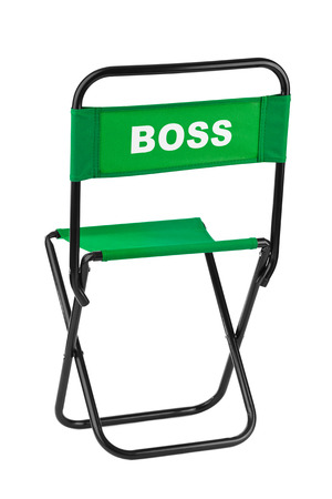 recourses: Sedia Boss isolato su sfondo bianco