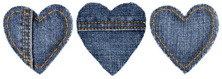 coser: Jeans en forma de coraz�n de parches de objetos con puntadas de costura, decorativo Tela Mixta Fondo Blanco Aislado, D�a de San Valent�n Icono Textil