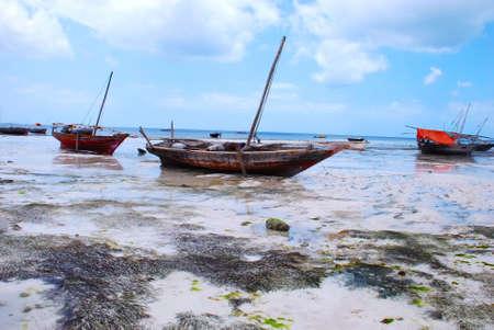 zanzibar: vissersboten van Zanzibar, Afrika Stockfoto