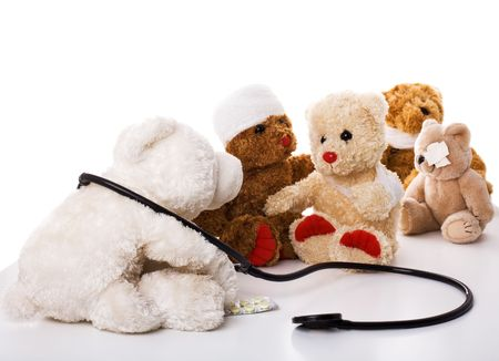 Doctor y peluche-oso pacientes