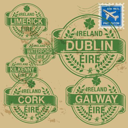 corcho: Grunge sello de goma fij� con nombres de ciudades de Irlanda