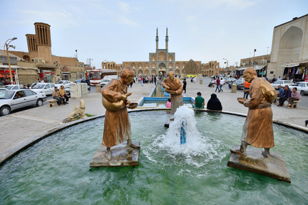 sunni: YAZD  APRIL 16: Unknown peoples in street of Yazd southern Iran on April 16 2015. Yazd is the capital of Yazd Province Iran and a centre of Zoroastrian culture. Editorial