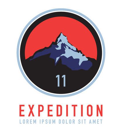 Mountain expedition label or symbol, vector illustration Stock Illustratie