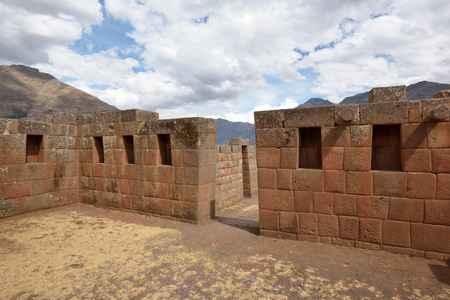 pisac: Inca structures in the urban sector of Pisac. Pisac is a Peruvian village in the Sacred Valley of the Incas. Stock Photo